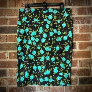 LuLaRoe Cassie Pencil Skirt - L